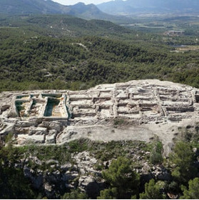 Bronze age burial site in Spain suggests women were among rulers